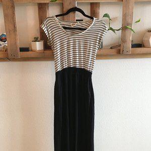 Striped Maxi Dress w Pockets